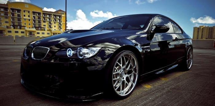 черный цвет машины